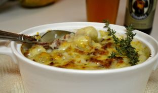 Gnocchi with bechamel sauce