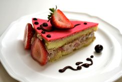 Strawberry Chocolate Mousse Cake