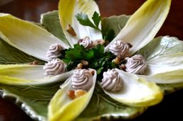 Endive with roquefort spread